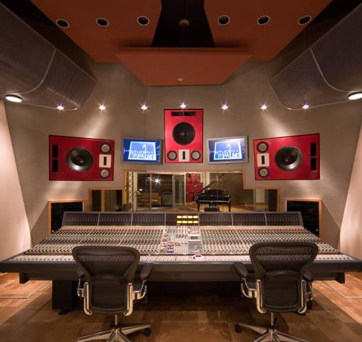 studio_at_the_palms_1
